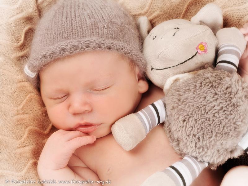 Zauberhafte Neugeborenen Fotografie in Tangermünde