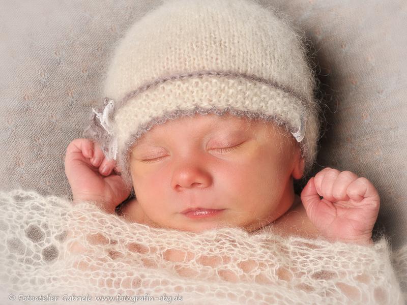 zauberhafte Neugeborenenbilder in Tangermünde